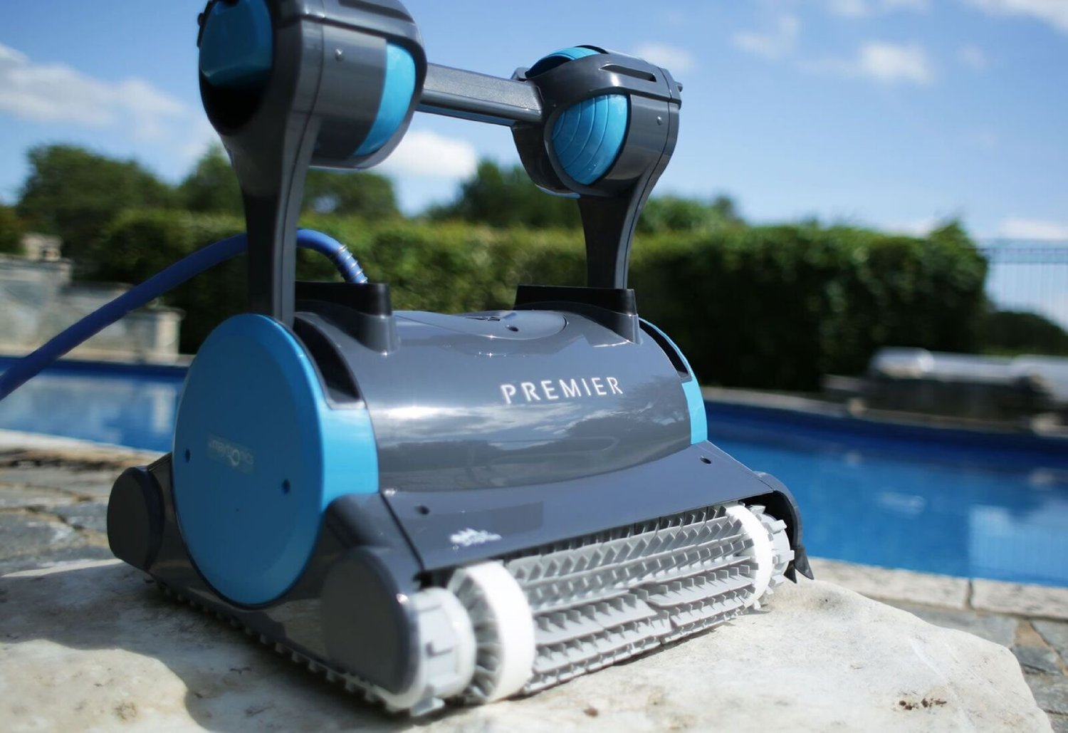 unleash the power of using robotic pool cleaners - Dolphin Pool Cleaner